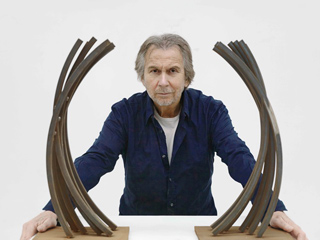 Bernar Venet - © Philippe Chancel